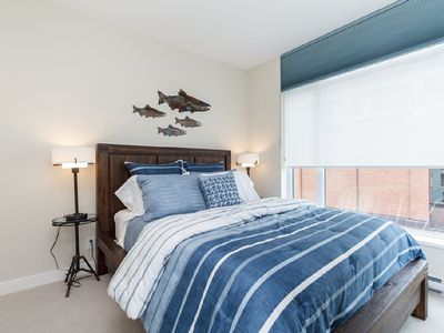 Photo for 2 bed, 2 bath condo Sparkling gem in the heart of the city
