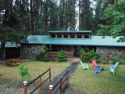 Photo for Crater Lake Bungalows - The Rockhouse at Latakomie Shores on Agency Lake