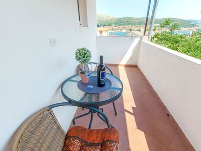 Photo for Apartment Anka (32201-A1) - Trogir
