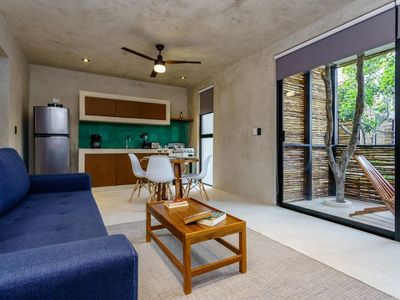 NEW Charming PH @SUK-HA w/ Private ROOFTOP + amazing common areas!