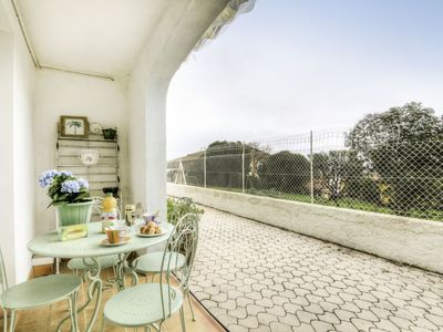 Photo for 1BR Apartment Vacation Rental in Carqueiranne, Var