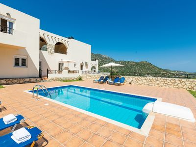 Photo for VILLA SEASCAPE WITH PRIVATE POOL AND SEAVIEW