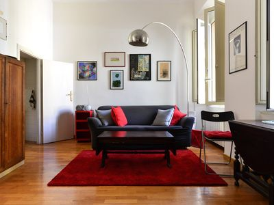Photo for Cool, trendy in the heart of Trastevere, Rome center, fully equipped, Wi-Fi, A/C