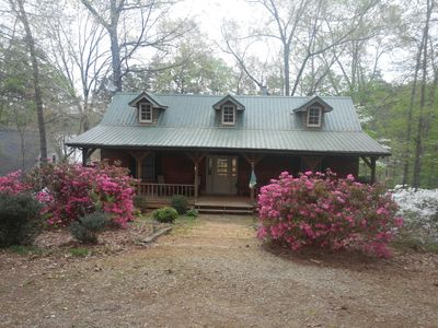 Photo for Cozy 3 Br Home in a quiet cove on Lake Hartwell. Book your Spring Getaway today
