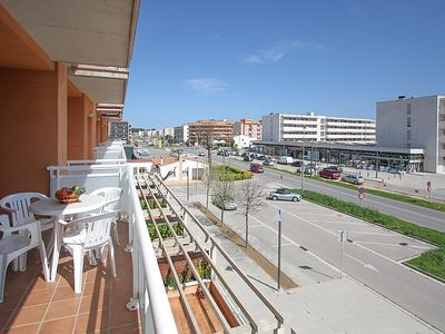 Photo for Apartment 1.4 km from the center of Calonge with Lift, Parking, Terrace, Washing machine (88657)