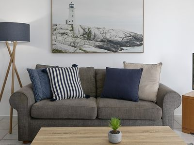 Photo for Park Cr - Central Apartment with Ocean Views - 3 Bedrooms