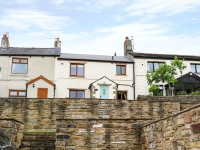 Photo for Windmill Cottage, GREAT HARWOOD