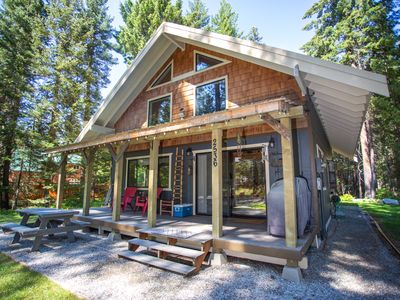 Photo for The Black Bear Cabin located mins from leavenworth wa. Sleeps 8
