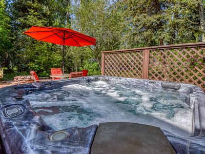 Central Hot-tub Garden Suite
