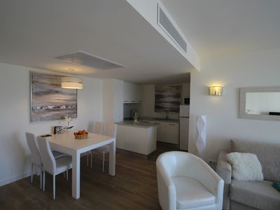 Photo for GREAT, MODERN APARTMENT DIRECTLY BY THE SEA, up to 4 pers. PERFECT LOCATION