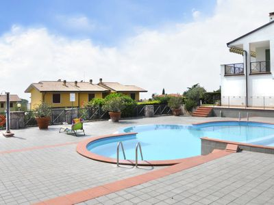 Photo for Apartment Garden Village (LAZ155) in Lazise - 4 persons, 2 bedrooms