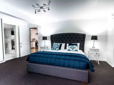 Photo for Noosa's Fig and Mulberry Luxury Private Apartment