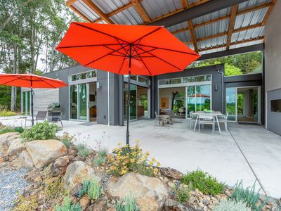 Photo for Modernist home overlooking pinot vines on Sonoma County's Wine Road