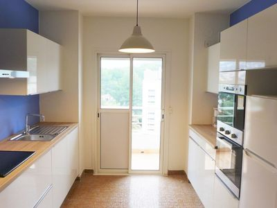 Photo for Apartment in the center of Cavalaire-sur-Mer with Internet, Pool, Lift, Parking (642341)