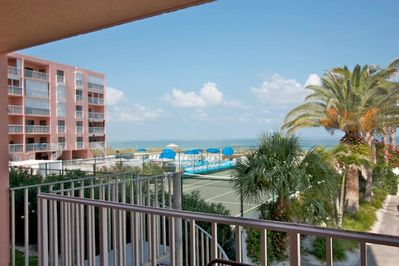 Private Balcony with Amazing view of The Gulf of Mexico
