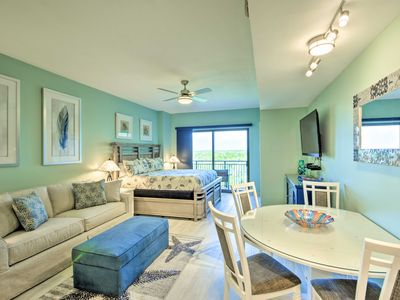 Photo for Remodeled Panama City Beach Studio Condo w/Balcony