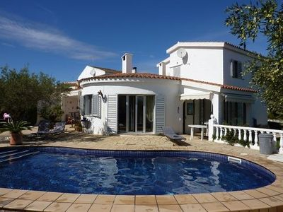 Photo for Villa with solar heated pool for 8 persons 200m from the sea