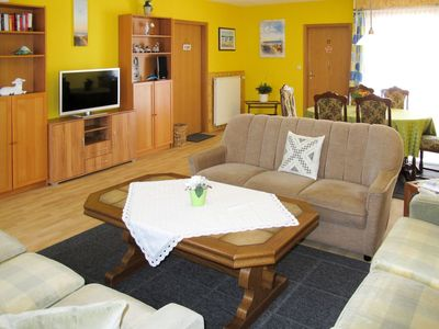 Photo for Cosy apartment for 6 people with TV, pets allowed and parking