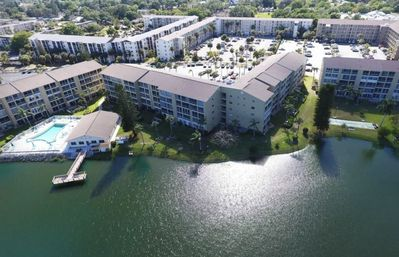 Photo for 55+ community nestled between downtown Bradenton and the beautiful Gulf beaches.
