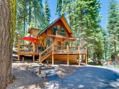 Photo for Gorgeous, dog-friendly lodge w/ loft, near beach & skiing!