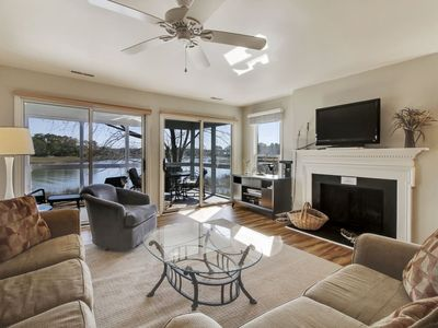 Photo for 3 bedroom, 3 bath townhouse boasts an expansive waterfront view and  within walking distance to the