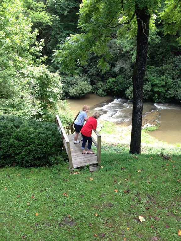 Riverfront Cabin Fishing Steps From Front Porch Private