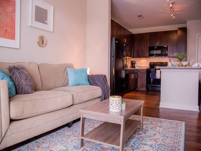 Photo for ADORABLE 1BR APT IN ARTS & MUSIC DISTRICT