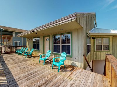 Photo for Spacious home near the beach w/ front/back deck, a full kitchen, & enclosed yard
