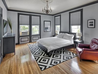 Photo for 4BR Townhome Vacation Rental in Weehawken, New Jersey