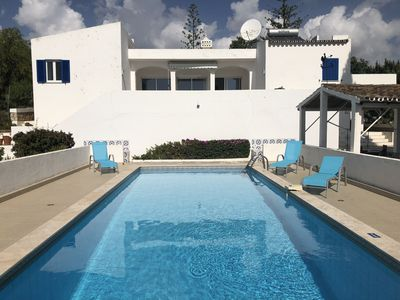 Photo for Beautiful villa with private pool, bbq, wifi, 10 min from the sea and golf courses Algarve