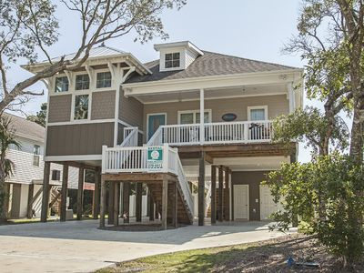 Photo for ZBreeze - 3 Bed/2.5 Bath Modern Home with Private Pool in the Heart of Oak Island