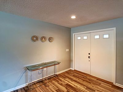 Photo for Comfortable remodeled Home in the Meadows