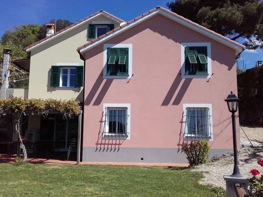2 attached cottages in a fantastic location - VRBO