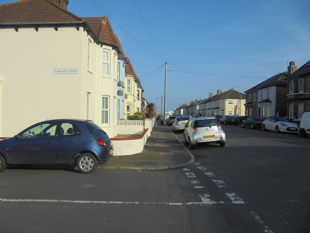11b Beachside Walk To The Beach Eastbourne East Sussex Rentals And Resorts