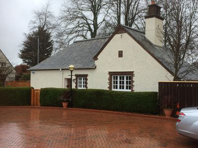 Photo for Luxury one bedroom cottage in Ayr