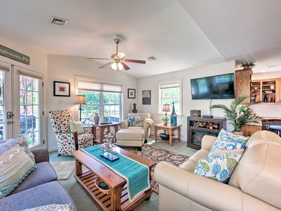 Photo for NEW! Harrisburg Cottage, 15 Mins to Hersheypark!