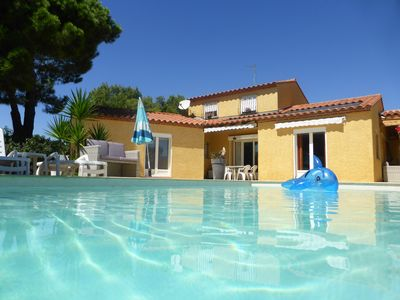 Photo for Large villa with 3 bedrooms for 6 to 7 pers. disabled access, pets allowed