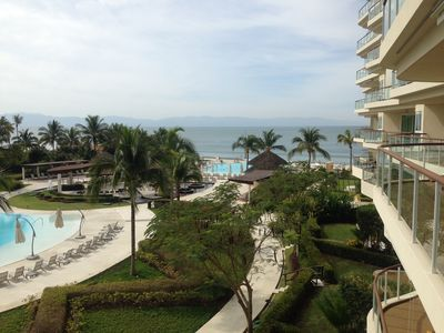 Photo for Beautiful condo in Nuevo Vallarta, Beachfront community.