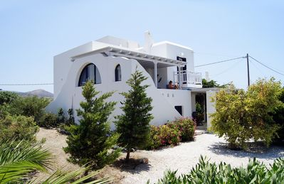 Photo for Modern villa in the Cycladic style near a beautiful sandy beach