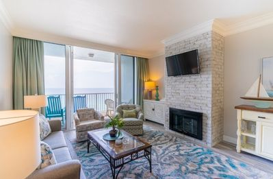 Photo for Beautiful Gulf Front Penthouse, no amenity or luxury spared!
