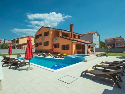 Photo for Holiday house Pula for 12 - 13 persons with 7 bedrooms - Holiday house