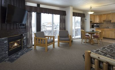 Photo for Rocky Mountain Ski Lodge - Two Bedroom Apartment #151