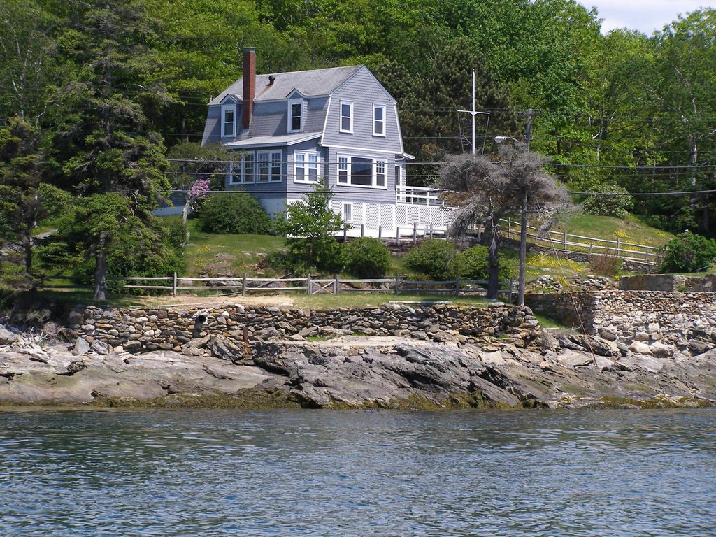 in maine way cottage boathouse rentals cottages