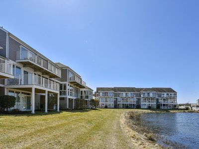 Photo for DAILY ACTIVITIES INCLUDED!! WATER VIEW - 3 bedroom, sleeps 8