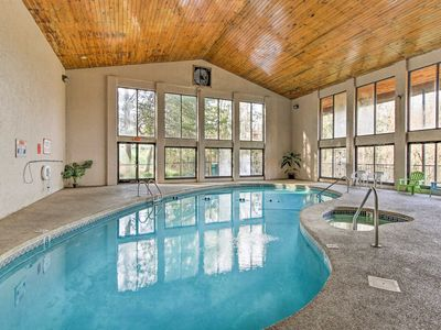 Photo for Pigeon Forge Condo w/Amenities -7Mins to Dollywood