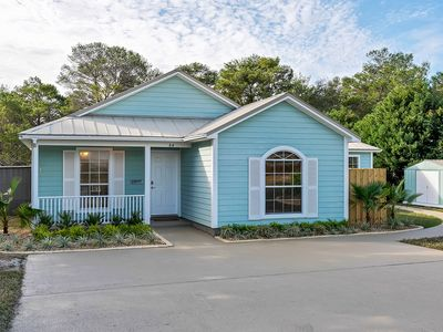 Photo for Pet Friendly! Blue Mountain Beach bungalow, Serene 30A staple!
