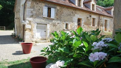 Photo for 'Le V' - A spacious and comfortable former 18th-century long house