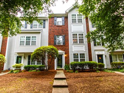 Photo for Spacious townhouse near Lake Norman in fantastic neighborhood