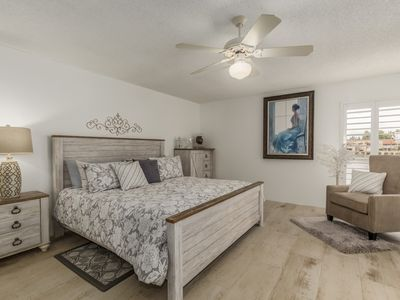 Photo for ALL 5-STAR reviews!  Lakefront King + Queen beds+ huge cnr balcony