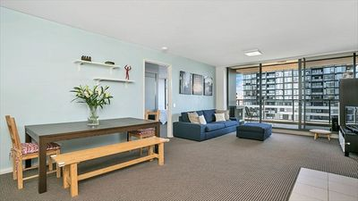 Photo for ASCOT - Fantastic Modern Central 2 Bedroom Apartment